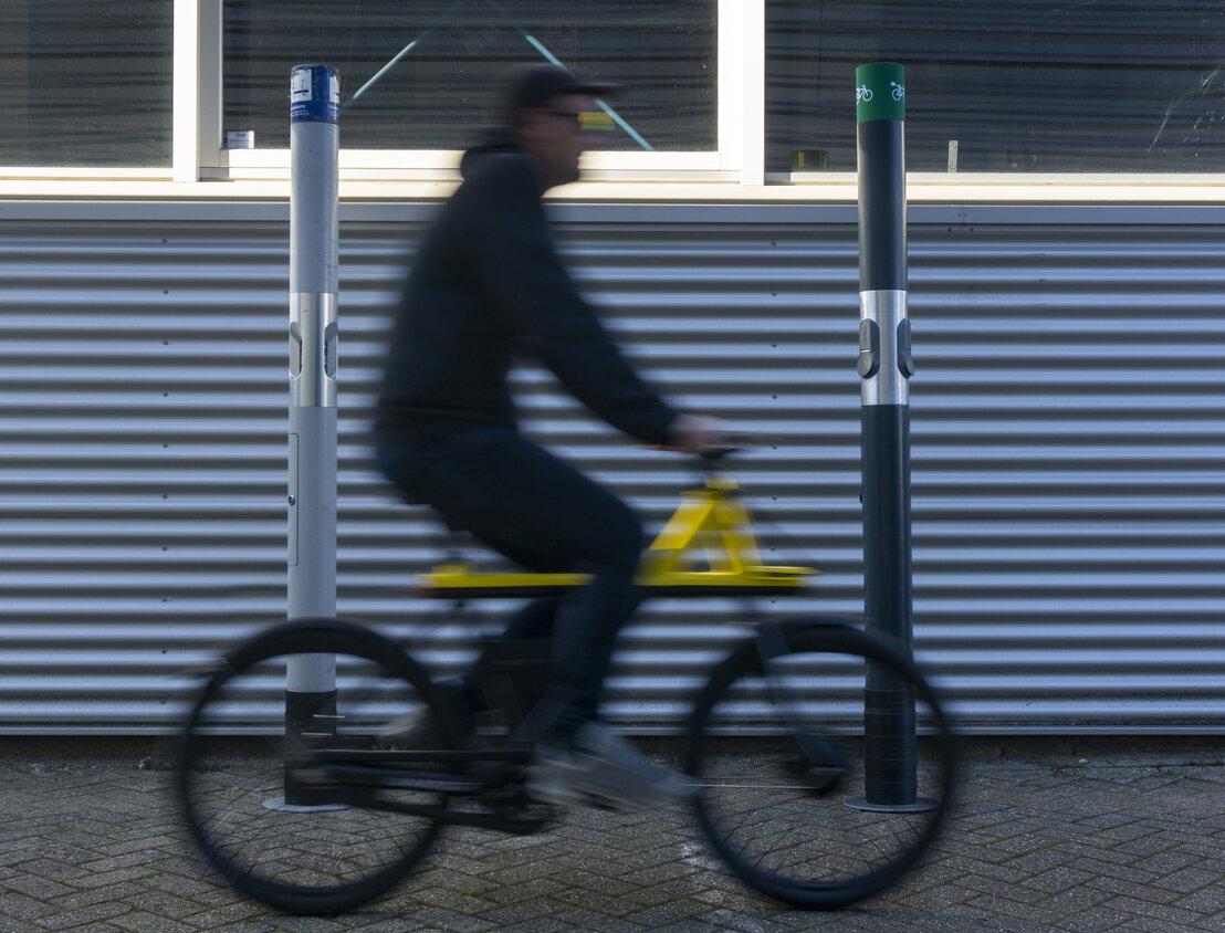 Oude rookpalen worden laadpalen voor e-bikes